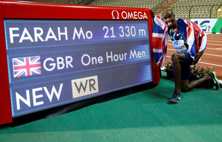 Mo Farah bate recorde mundial durante Diamond League